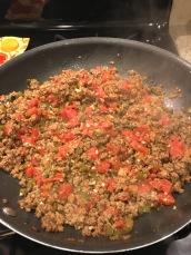add-can-tomato